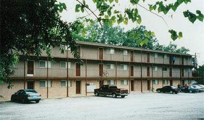 Armstrong Court Apartment In Auburn Al