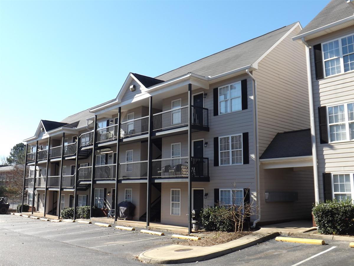 Glenn Oaks - Apartment in Auburn, AL