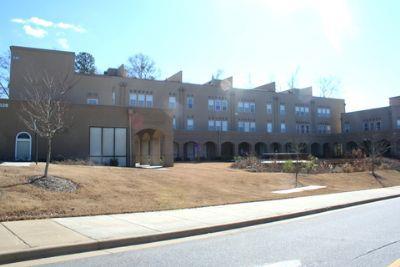 Roof Gardens Apartment In Auburn Al