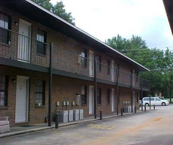 samford apartment in auburn al