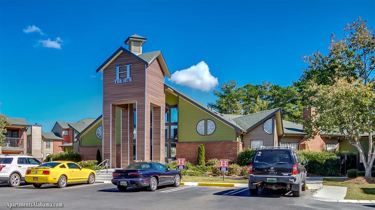The Hub at Auburn - Apartment in Auburn, AL