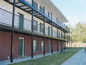 Heritage terrace apartment in auburn al for 400 university terrace