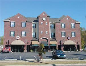 Thach Place Condos apartment in Auburn, AL