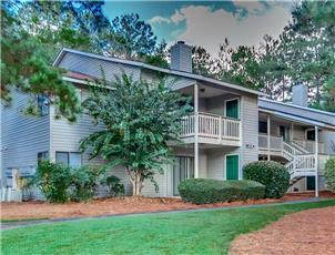 Village at Lakeside apartment in Auburn, AL